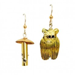 1000-Bear-Feeder-Earrings_Lucy-Golden