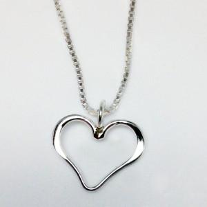 1000-Open-Silver-Heart-Pendant-LGP242-Kuhner