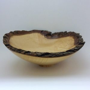 Mystery - Wooden bowl with bark 500