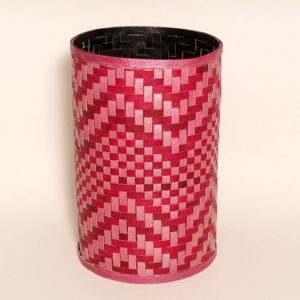 Ruth red utensil holder 500
