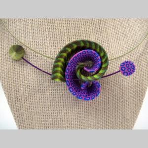 Samitz purple -green twist neck detail