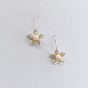 keeney-pearl-flower-dangle