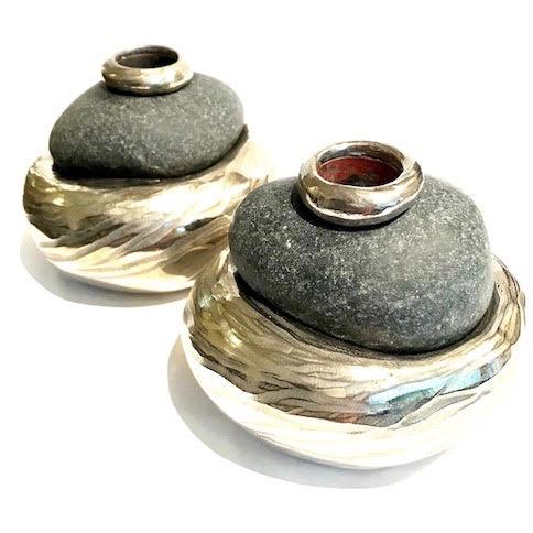 stone:white bronze